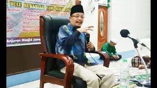 Video (LAWAK) Ustaz Kazim Elias Tiru P.Ramlee Dialog Pendekar Bujang Lapok ~ Tumpuk Tumpuk Taik Unta MP3, 3GP, MP4, WEBM, AVI, FLV Oktober 2018