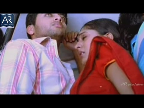 Sheela and Navdeep in Bus | Seethakoka Chiluka Movie Scenes | AR Entertainments