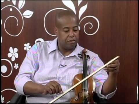 Entrevista com o violinista Samuel Teodoro Marcelino