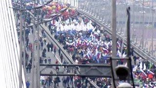Первомай начал свое праздничное шествие по стране