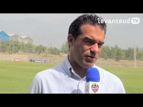 Entrevista a Luis García Plaza