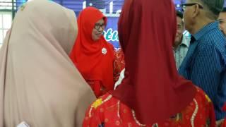 Ibu Guru Kimia Hj. Farida H S.pD - Imam Solead
