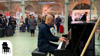Video Disguised concert pianist stuns unsuspecting travelers MP3, 3GP, MP4, WEBM, AVI, FLV Maret 2019