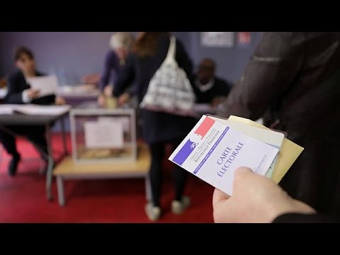 Στη βόρεια Γαλλία ψήφισαν Μακρόν και Λε Πεν