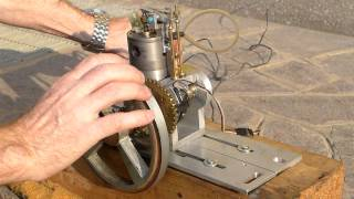 """Video My first """"four stroke  I.C. engine"""". Special thanks to  Jan Ridders MP3, 3GP, MP4, WEBM, AVI, FLV Agustus 2018"""