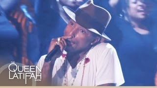 Pharrell Williams Performs