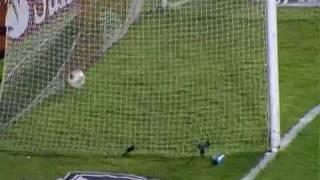 Vasco só empata com La U e sai com pequena desvantagem na semifinalEquipe cruz-maltina abre o placar, mas permite reação do adversário após queda de rendimento no segundo tempoOs gols de Vasco da Gama 1x1, Universidade do chile 1º Jogo da Semifinal da Sul Americana 2011Melhores Momentos Vasco x Universidad do Chile 22-11-2011
