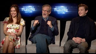 Video READY PLAYER ONE interviews - Spielberg, Cline, Sheridan, Cooke, Lena Waithe, Mendelsohn MP3, 3GP, MP4, WEBM, AVI, FLV Juni 2018