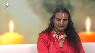 Kto je Šri Swami Vishwananda?