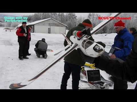 Xmas Flying Frya - Christmas Gathering - Real RC Action