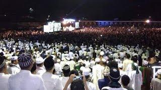 Video UAS MEMANG MANTAP! JAMA'AH Satu Stadion TAK BERKUTIK Dengar Ceramah Cerdas & Lucu Ustadz Abdul Somad MP3, 3GP, MP4, WEBM, AVI, FLV September 2019