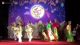 """Tiết mục nhảy cover """"Bống bống bang bang"""" thể hiện bởi nhóm nhảy nhí xóm Mới thôn Nga My Hạ. BCH chi Đoàn My Hạ trân trọng giới thiệu đến toàn thể nhân dân đón xem.Xem đầy đủ tiết mục tại đây: https://www.youtube.com/playlist?list=PLf-lHob3uceMbZ1UhH_xxDv_lYSKEfPZAChi tiết xem tại: http://chidoanmyha.com/nhay-cover-bong-bong-bang-bang-xom-moi.html------------------------------ Liên hệ Chi Đoàn My Hạ  ------------------------------Youtube: https://www.youtube.com/channel/UCF0-...Facebook: https://www.facebook.com/groups/chido...Google Plus: https://plus.google.com/1007041430481...Website: http://chidoanmyha.com/Email: chidoanmyha@gmail.com"""