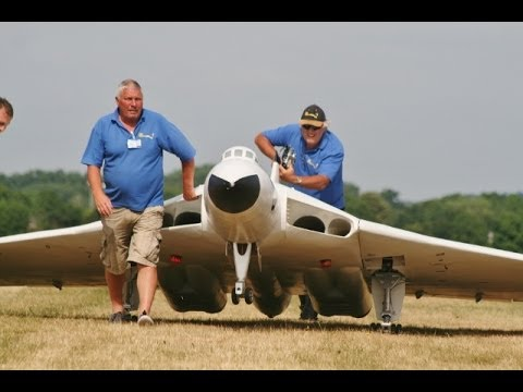 ① LMA RAF COSFORD RC MODEL AIRCRAFT SHOW - 2013 FLIGHTLINE COMPILATION ( PART 1 )