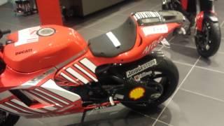 6. Ducatti Desmosedici RR - 300 HP / 500MIL REAIS