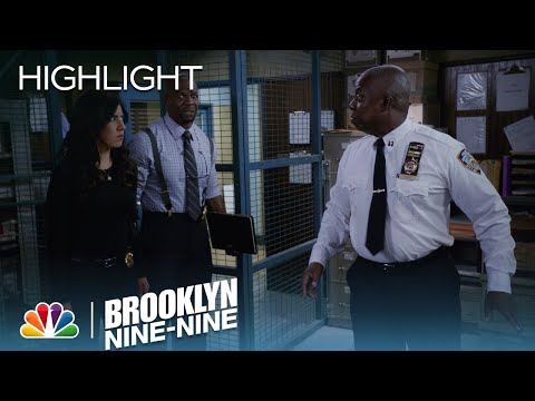 Brooklyn Nine-Nine - The Rats Are on Drugs! (Episode Highlight)