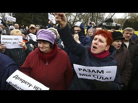 Λευκορωσία: Προσωρινή αναστολή του νόμου «κατά των κοινωνικών παρασίτων» λόγω των μαζικών…