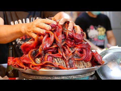 Taiwanese Street Food - EEL NOODLES & COFFIN BREAD Seafood Tainan Taiwan - Thời lượng: 22 phút.