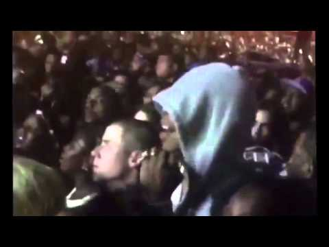 Jay Z singing along to Beyonce Made in America 2015 2