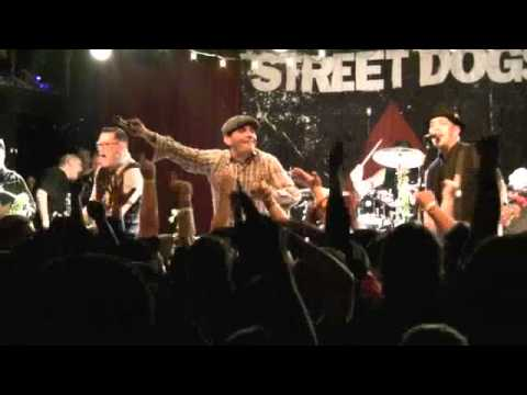 "STREET DOGS: ""Tobe's Got a Drinking Problem"" (w/Ryan Packer) 12/17/10! WRECK THE HALLS, Boston, MA"