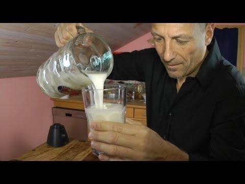 Mandelmilch Nussmilch vegan Cashew vegane Milch selber machen Rohkost