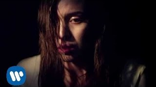 Lykke Li videoclip Love Me Like I'm Not Made Of Stone