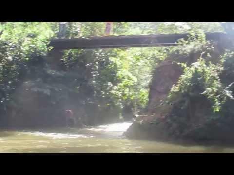 Ponte do Angu pulando - Jp em Piranga