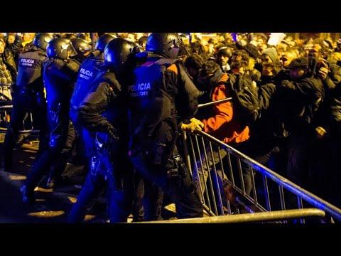 In den Straßen Barcelonas: Gegen den eigenen König