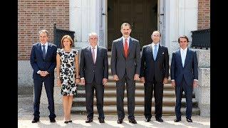 El Rey preside la reunión del patronato del Real Instituto Elcano de Estudios Internacionales y Es