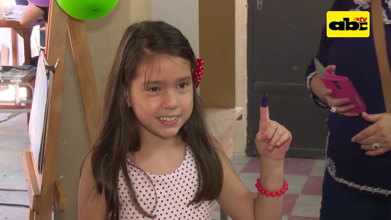 Niños aprendieron a votar