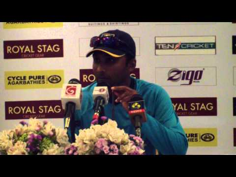 Muralitharan reflects on 800 test wickets