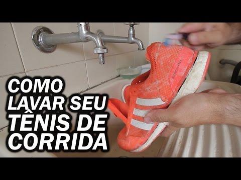 Como lavar seu tênis de corrida