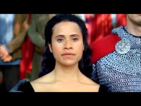 Merlin 5x06-cérémonie de la mort d'Elyan
