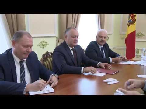 Președintele Igor Dodon a avut o întrevedere cu Ambasadorul Oleg Vasneţov