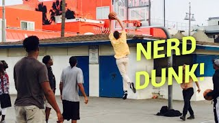 Video NERDS DUNK ON HOOPERS AT VENICE BEACH!! MP3, 3GP, MP4, WEBM, AVI, FLV Februari 2019