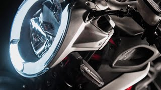 9. 2016 MV Agusta Brutale 800 montage + official video