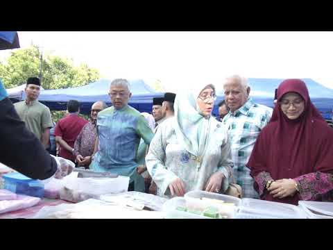 Agong Kunjungi Pasar Ramadan Peringgit, Melaka