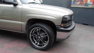 2003 CHEVROLET SUBURBAN WITH 22 INCH CHROME RIMS & TIRES