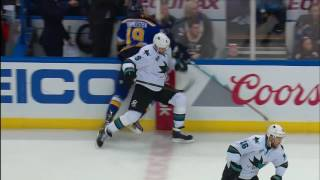 Steen take big hit to knee from Zubrus by Sportsnet Canada