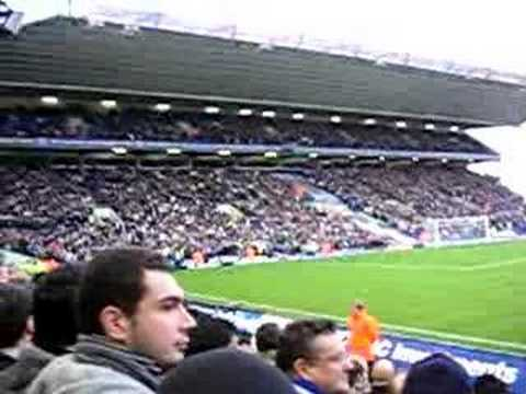 Gran atmósfera en el St Andrew's Stadium en partido del Birmingham Vs Chelsea