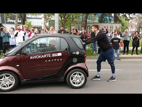 Κροατία: Ρεκόρ Γκίνες σπρωξίματος…αυτοκινήτου!