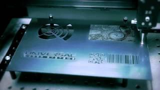 תהליך חיתוך וסימון בלייזר