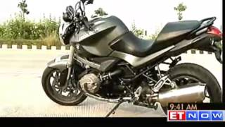 8. BMW R 1200 R Bike Review and its features
