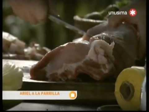 Ariel a la Parrilla - Carre de cerdo relleno con panceta -