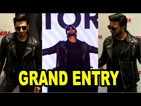 Ranveer Singh's GRAND Entry At Exclusive Premier Of Ranveer's Life Story Short Film
