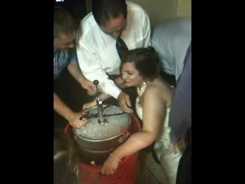 Ky Wedding Kegstand