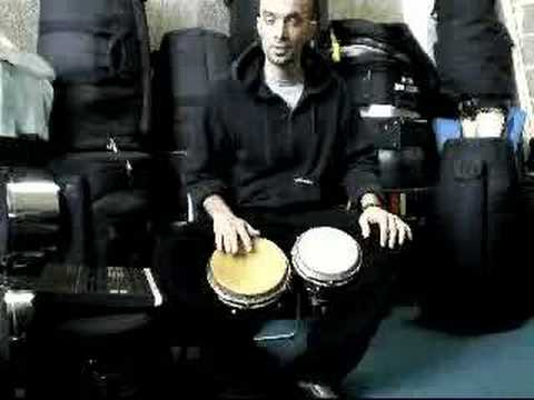 bongo - Explicación del martillo básico en el bongo. Learn basic martillo for bongo. by Joaquin Joaco Arteaga. Percusionista Venezolano, radicado en Barcelona, Españ...