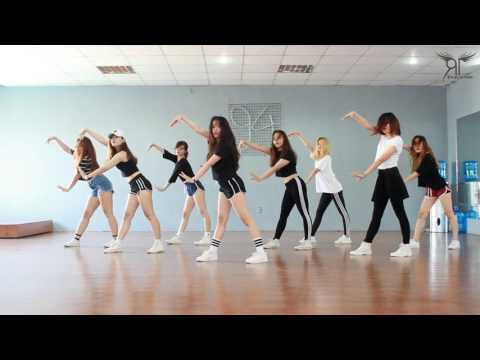 [One Take Ver.] Catch Me If You Can (소녀시대) - Dance Cover By The Riotric From Vietnam