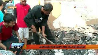 Warga kelurahan Kampung Melayu yang menjadi korban kebakaran pada minggu (20/08) sore, masih terus mencari barang-barang yang bisa diselamatkan.Sejumlah posko telah didirikan sebagai tempat tinggal sementara bagi korban kebakaran.Warga di enam RT kelurahan Kampung Melayu,Jakarta Timur,hingga Senin (21/08) siang terus mencari barang-barang sisa kebakaran yang masih bisa diselamatkan.Pemadam kebakaran Jakarta Timur mencatat , terdapat 276 keluarga yang menjadi korban kebakaran.