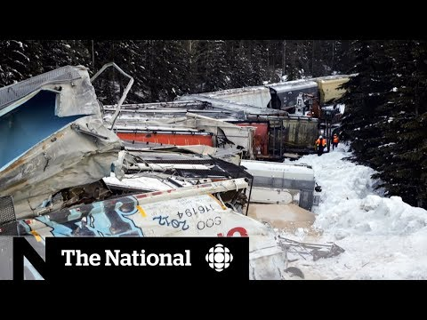 Freight train derailment leaves 3 CP workers dead in B.C.