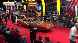 Nonton 1969 Dodge Hemi Daytona Sells for $900,000 Film Subtitle Indonesia Streaming Movie Download